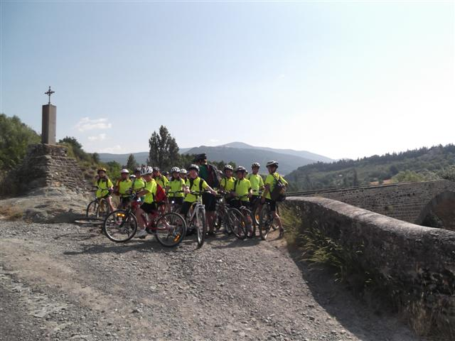 2013-07 Alevines en Bici
